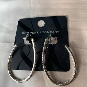 New York and company hoops